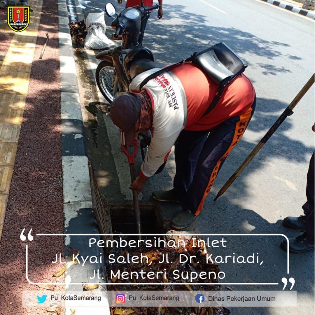 Pembersihan Inlet Kota Semarang